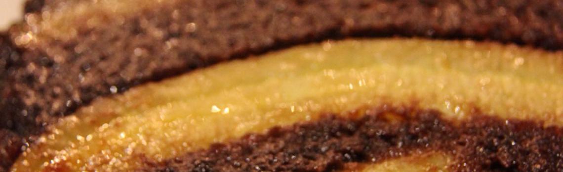 Banaani-suklaakeikauskakku
