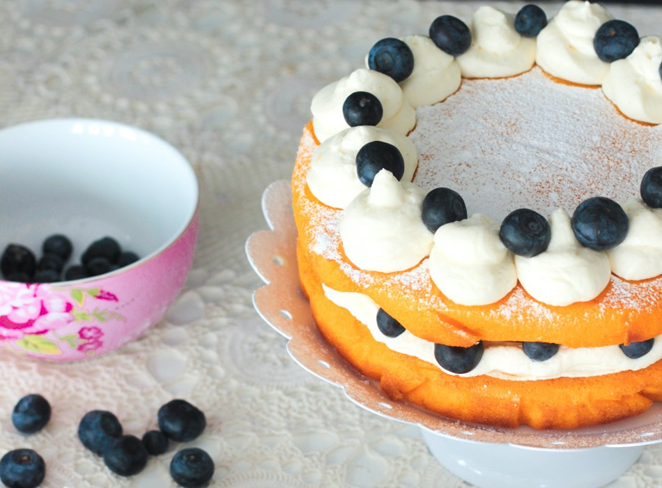 Alaston kakku eli Naked cake