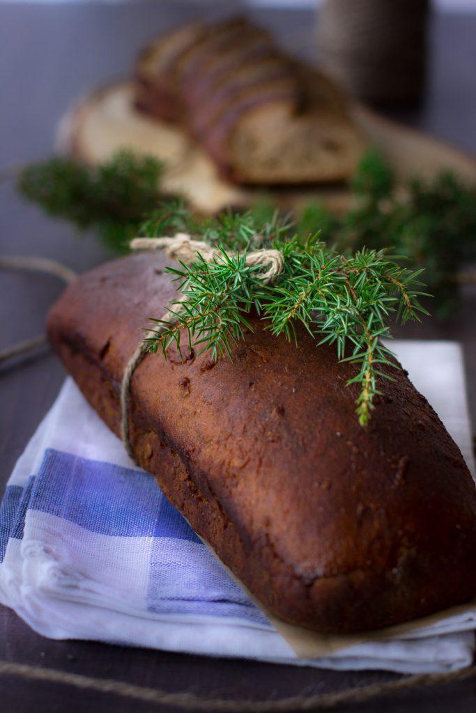Rositan-limppu-on-mausteinen-joululimppu