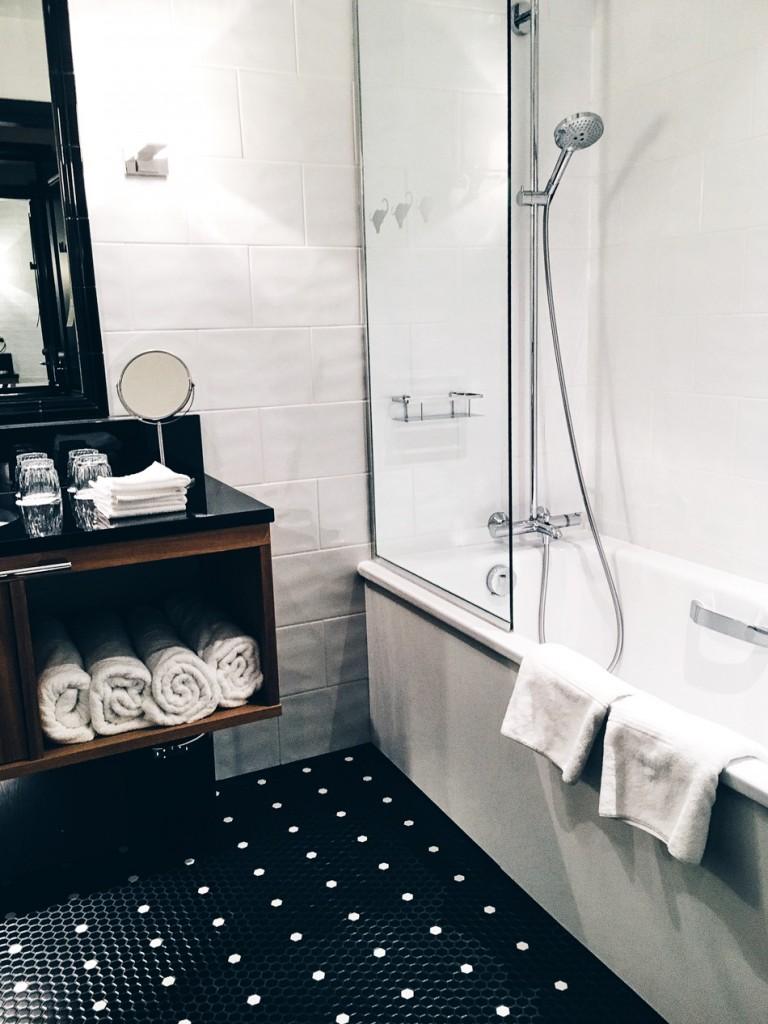 Lilla-Roberts-kylpyhuone