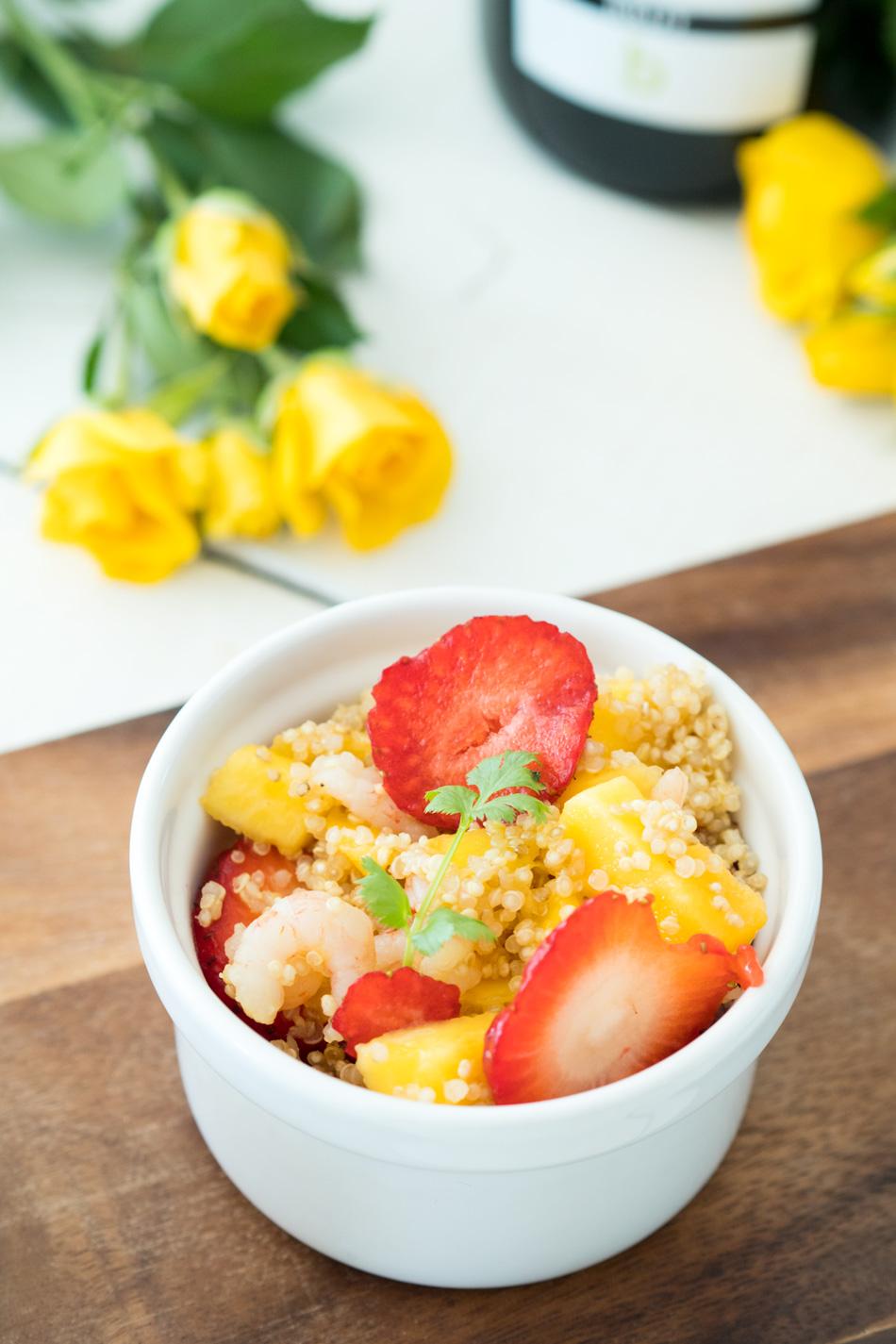 Mango-katkarapusalaatti