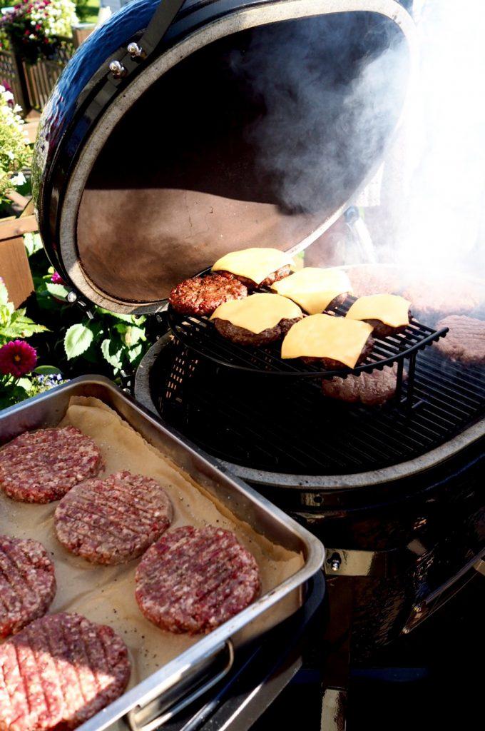Pihvit-grillissä