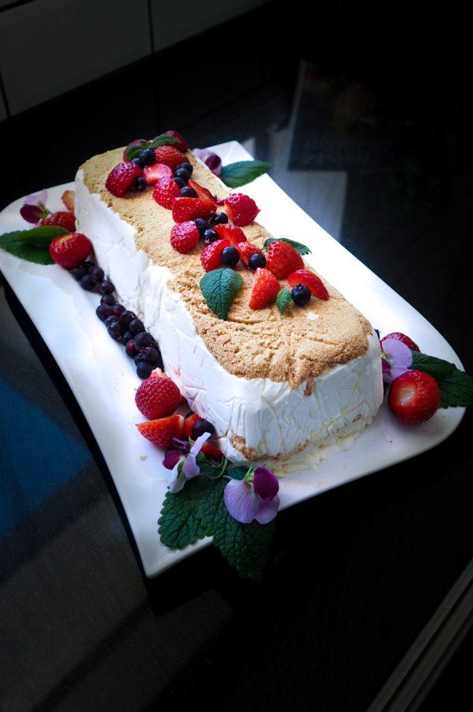 Leila Lindholmin pakastettu juustokakku
