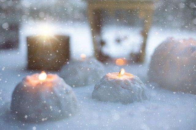 winter-1210417_640-cc0-public-domain-pixabay-com